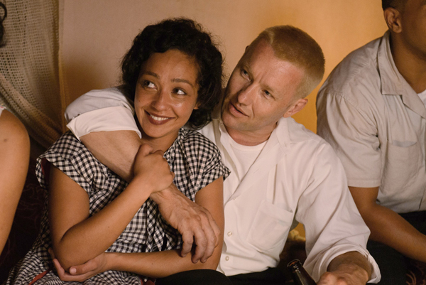 Ruth Negga and Joel Edgerton in Loving (Focus World)