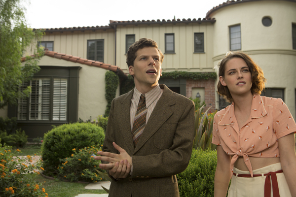Jesse Eisenberg and Kristen Stewart in Café Society (Sabrina Lantos/Gravier Productions)