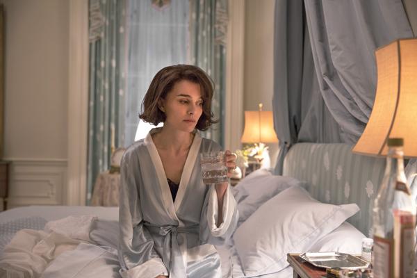 Natalie Portman in Jackie (Stephanie Branchu/Twentieth Century Fox Film Corporation)